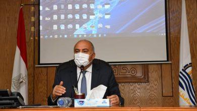 صورة محافظ قنا يصدر حركة تنقلات جديدة بين رؤساء المدن والقرى