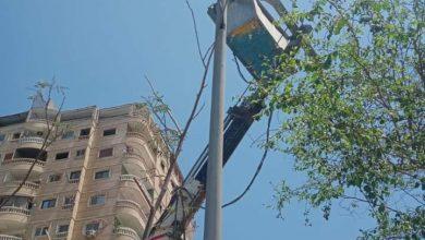 صورة ترشيدا للاستهلاك الطاقة يتم استبدال كشافات الصوديوم بكشافات ليد موفره للطاقة بحي شرق شبرا الخيمة